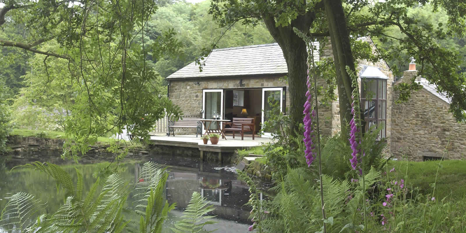 Ribble Valley lakeside holiday cottages
